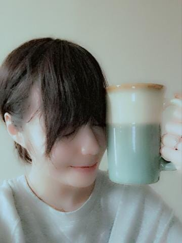 「んーーー。」11/25(11/25) 12:49 | 凰かなめの写メ・風俗動画