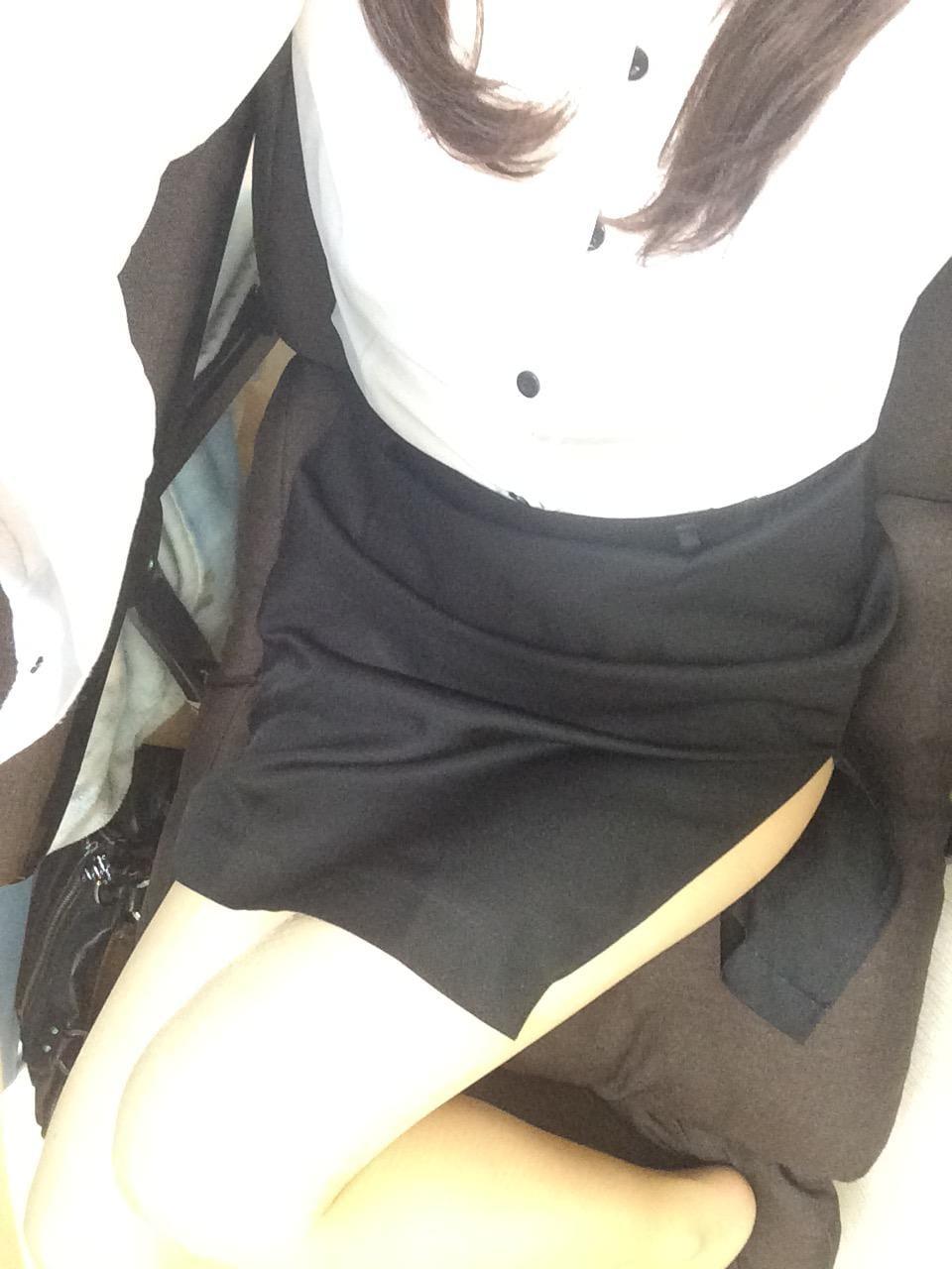 「昨日のお礼と出勤報告。」11/28(11/28) 11:29 | かえでの写メ・風俗動画