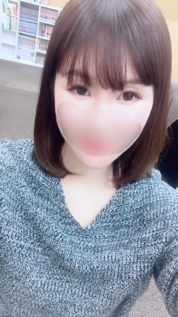 「ニヤニヤ」12/03(12/03) 19:54 | 結城さとみの写メ・風俗動画