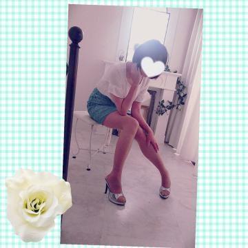 「こんにちは♡」12/08(12/08) 11:08 | ★☆高城なつみ☆★の写メ・風俗動画