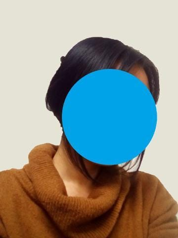 「仕事中はこんな感じ!」12/18(12/18) 12:58   雫(しずく)の写メ・風俗動画