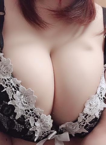 「こんばんは」01/09(01/09) 22:52 | りさこの写メ・風俗動画