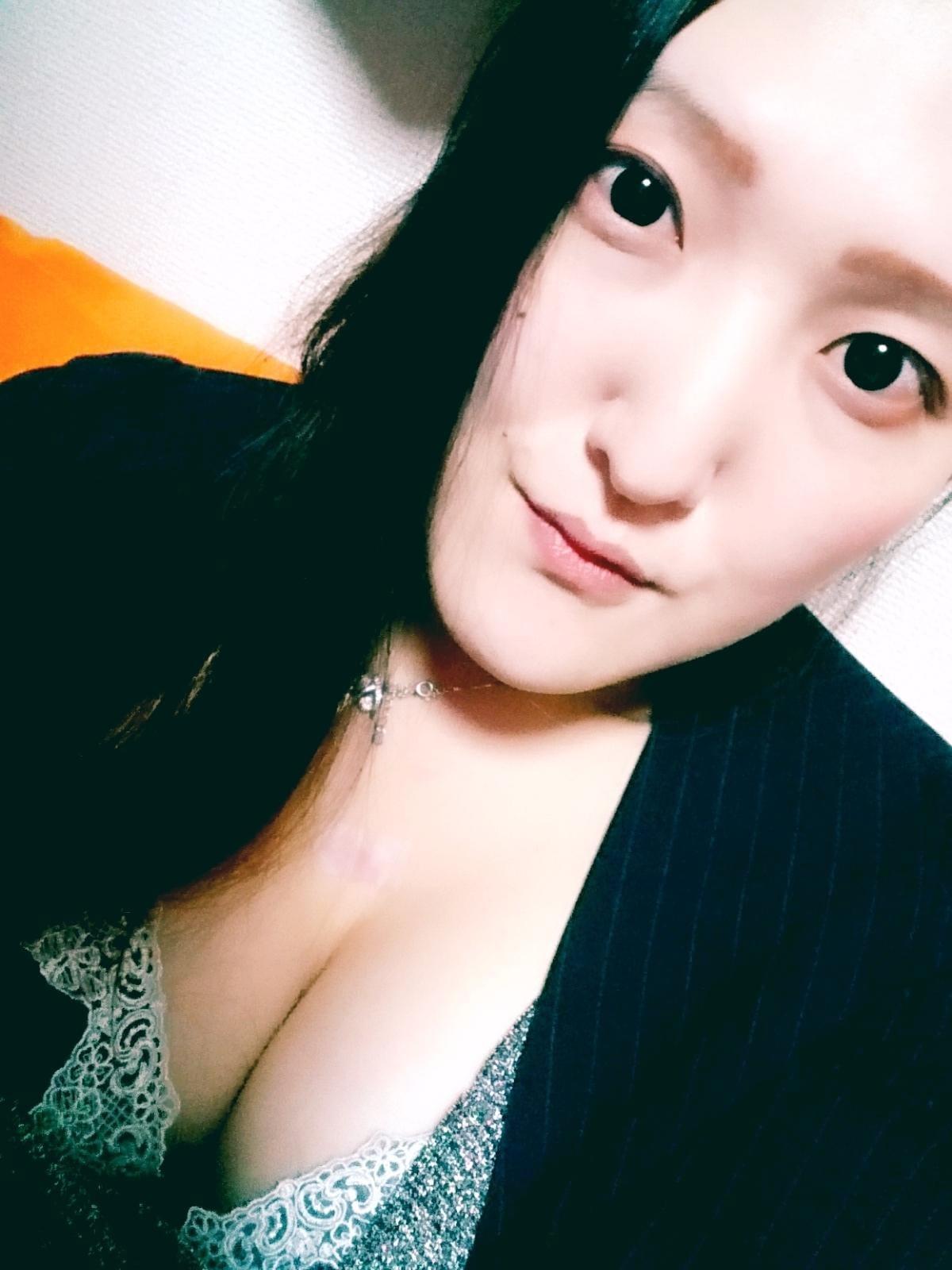 「☆今宵も素敵なユメ みようね?☆」01/10(01/10) 00:37 | みりあの写メ・風俗動画