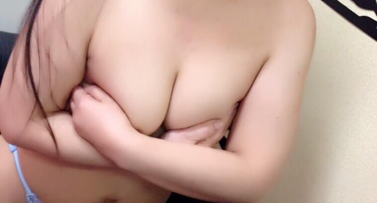 「お礼だょ?」01/12(01/12) 21:01 | ひとみ♡びしょ濡れ熟女の写メ・風俗動画