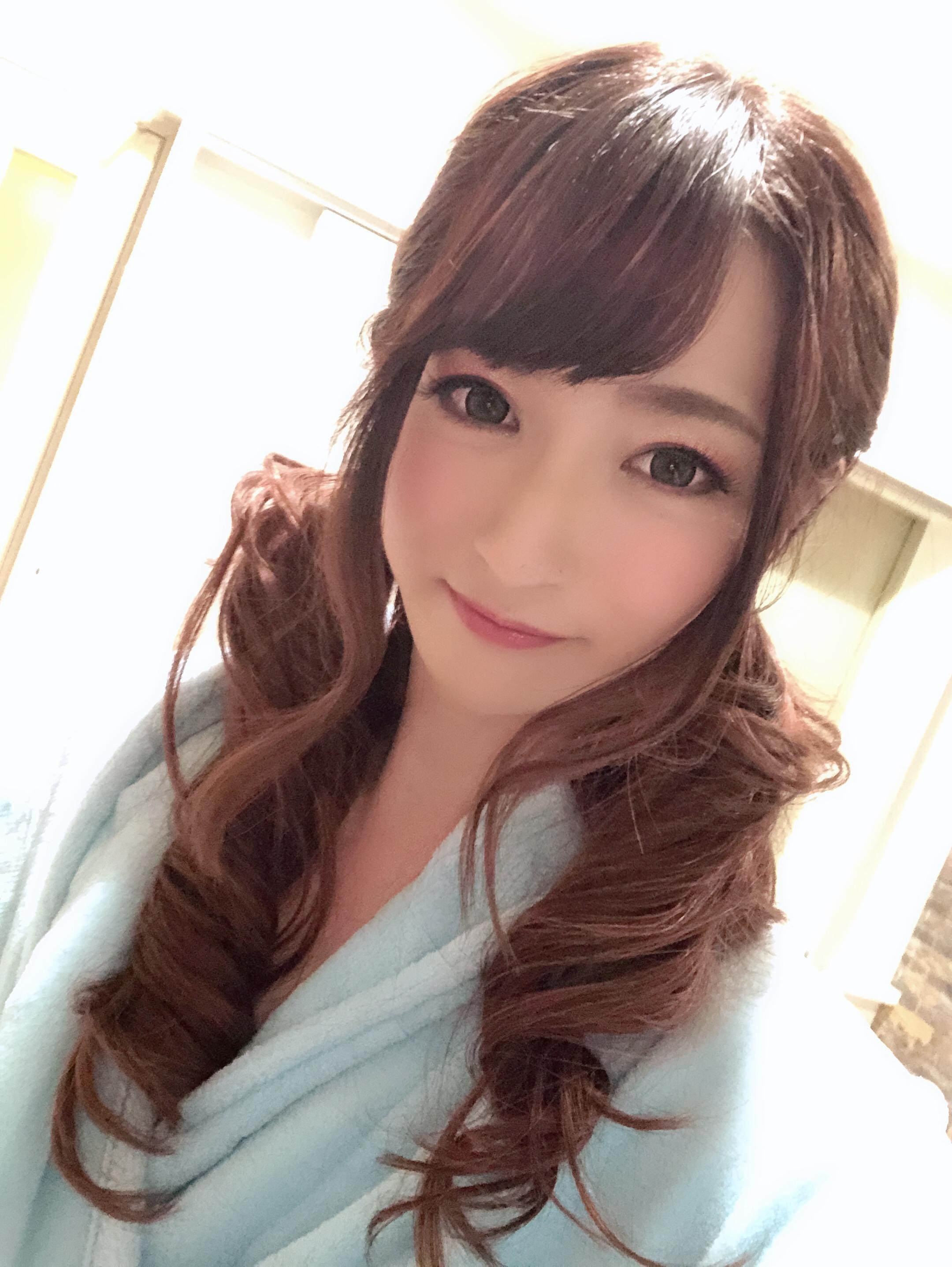 「巻き髪スタイル」01/14(01/14) 14:59 | 桃 マリの写メ・風俗動画