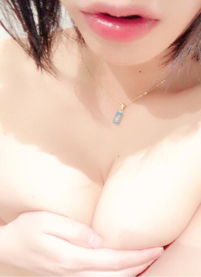 「寒すぎ!」01/17(01/17) 23:01   じゅりの写メ・風俗動画