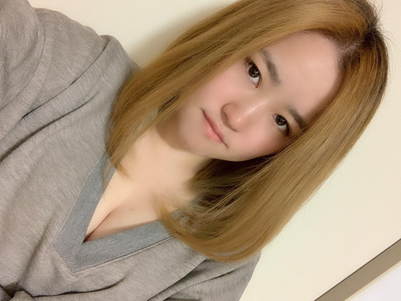 「出勤だよーー⭐️」02/03(02/03) 20:17 | ゆりえの写メ・風俗動画