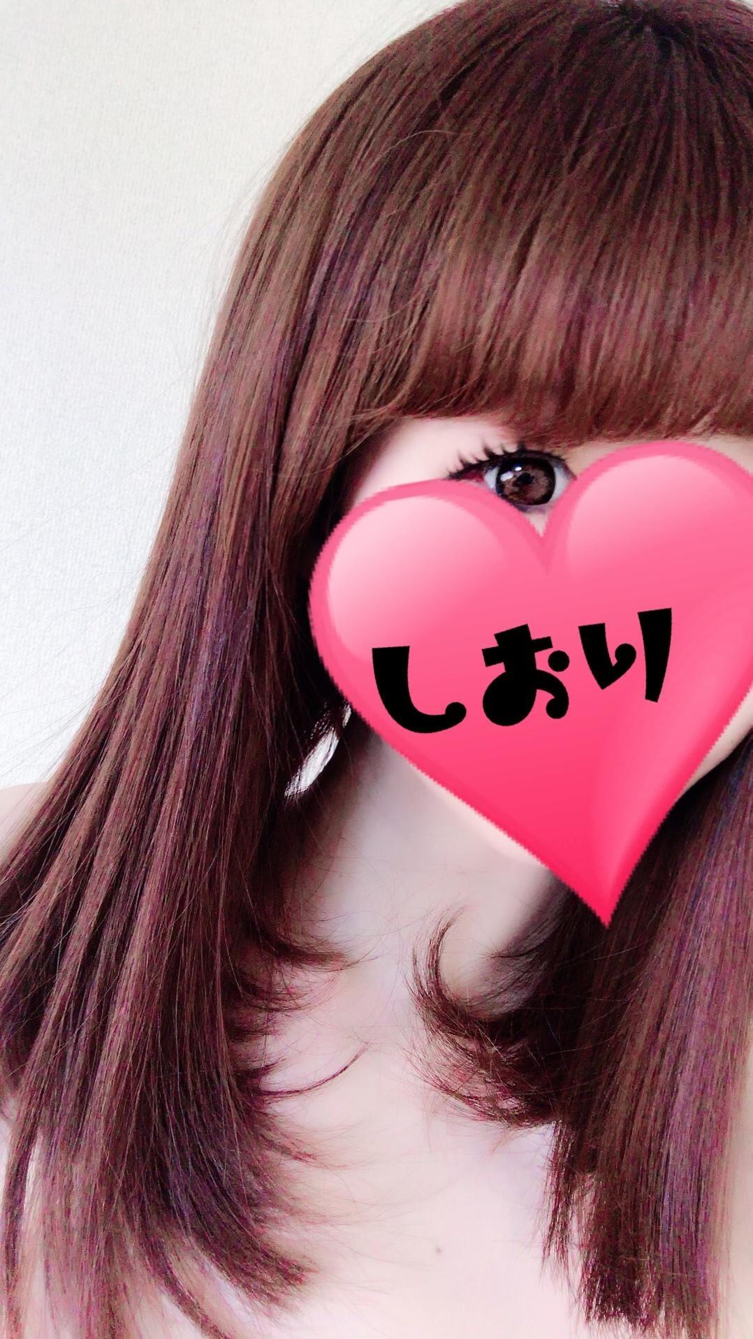 「しおり」02/10(02/10) 20:56   詩織【新人】の写メ・風俗動画