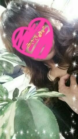 「UM様え?」02/23(02/23) 10:01   みさきの写メ・風俗動画
