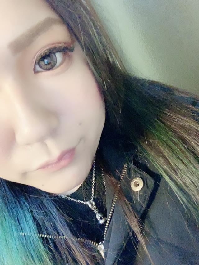 「出勤しとる!!」03/15(03/15) 20:51 | しおんの写メ・風俗動画
