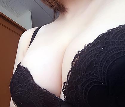 「向かってます」04/22(04/22) 20:26 | 岡村 咲の写メ・風俗動画