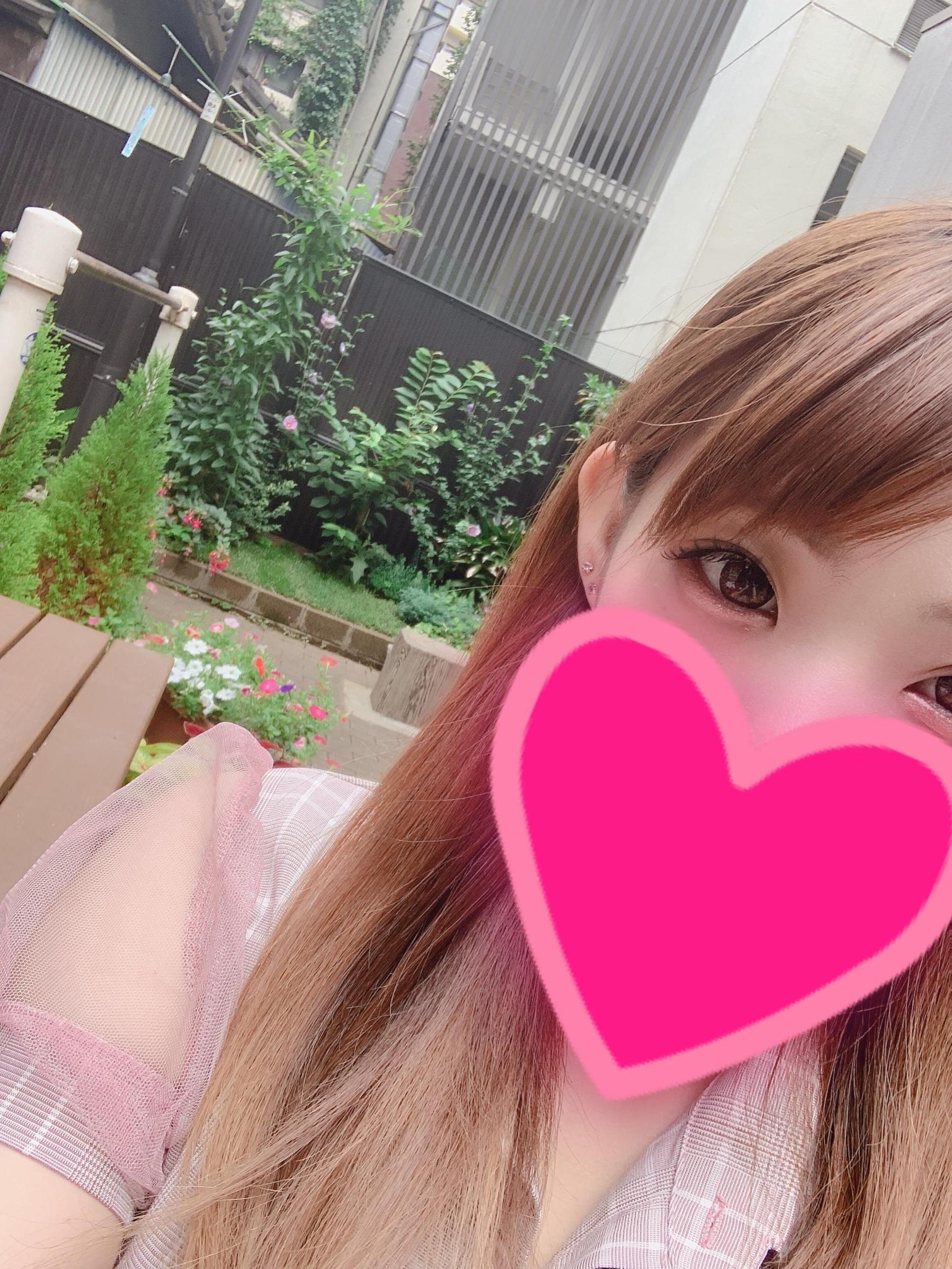 「お散歩(((?  ?-?  )))?」07/10(07/10) 16:14 | みかこの写メ・風俗動画
