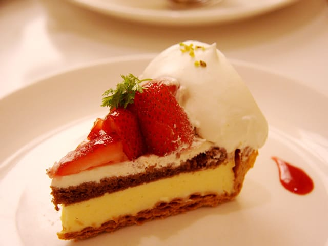 「美味しいお菓子が食べたいです(^-^)v」07/16(07/16) 18:50   秋山 涼子の写メ・風俗動画