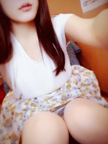 「出勤日」06/14(06/14) 18:37 | 心菜(ここな)の写メ・風俗動画