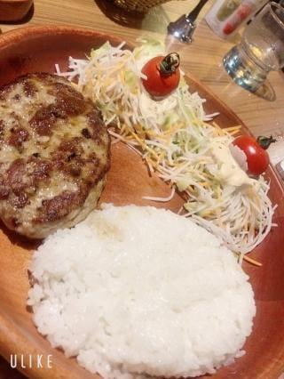 「食べたいなあ」09/12(09/12) 04:35   そらの写メ・風俗動画
