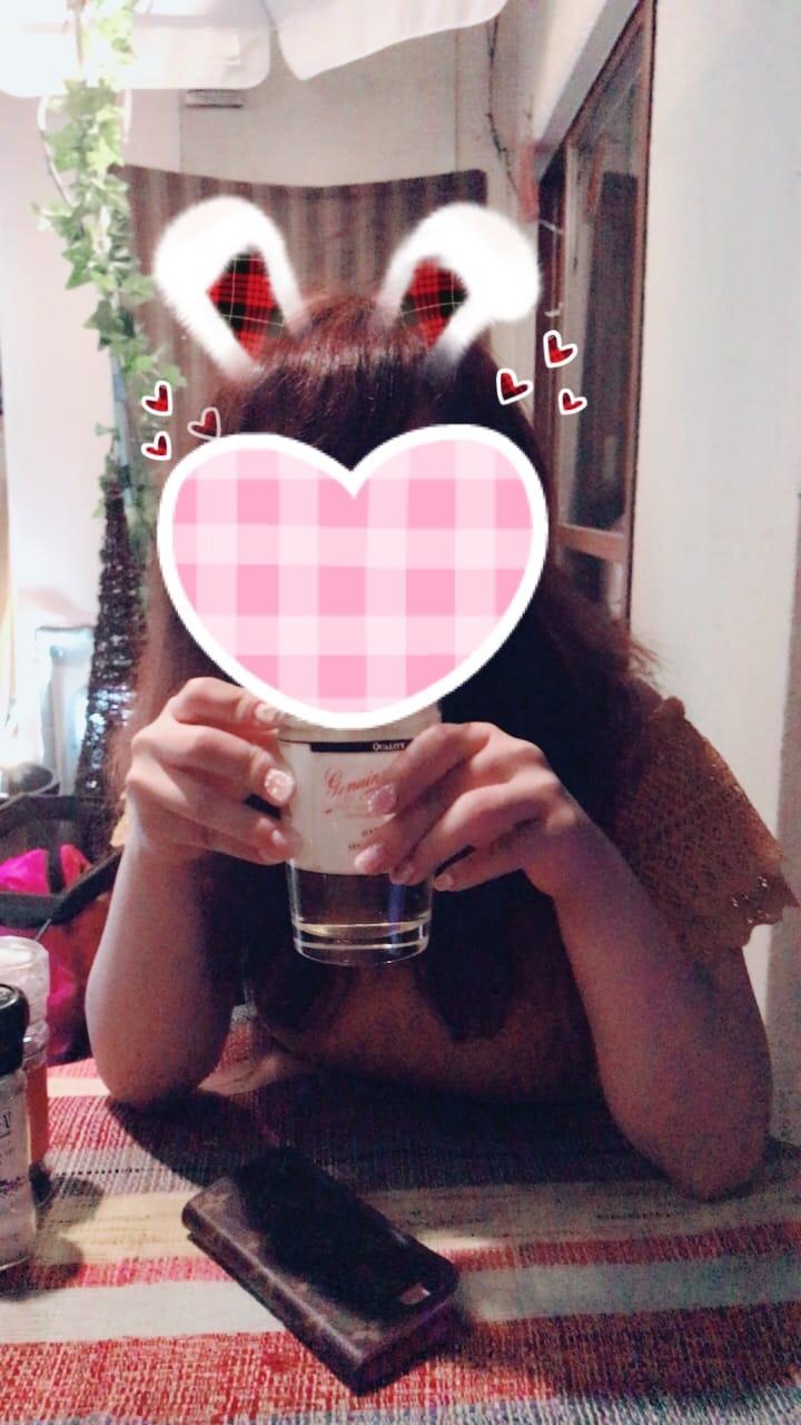 「台風らしい?!」07/04(07/04) 20:10   ゆなの写メ・風俗動画