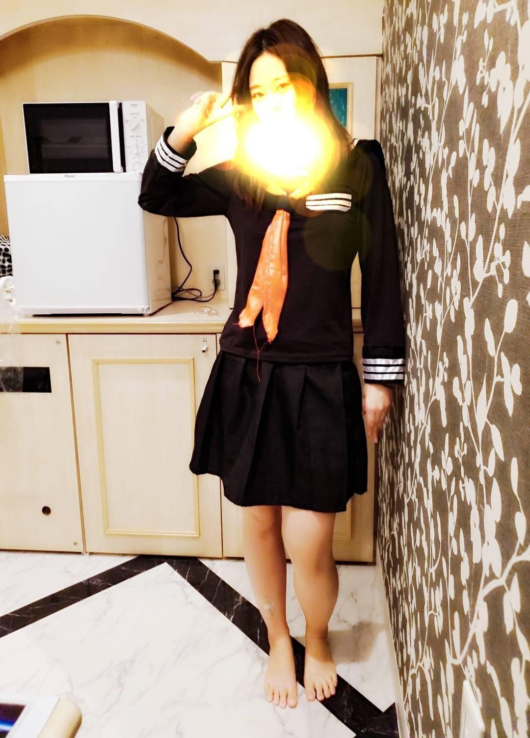 「痴漢電車最終電車?です」11/13(11/13) 11:27 | りく【超ドM!顔射にイラマ★】の写メ・風俗動画
