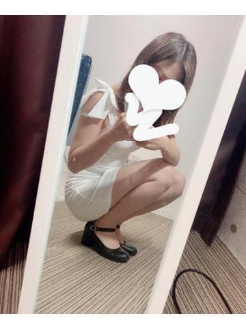 「エミリですっ!」11/13(11/13) 15:07 | えみりの写メ・風俗動画