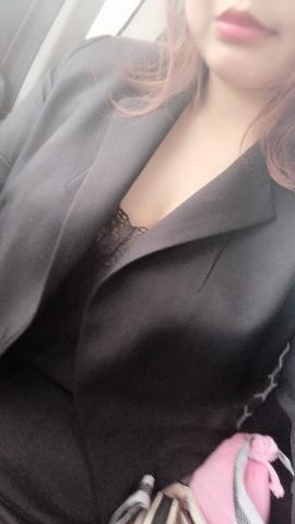 「こんにちわー」11/18(11/18) 11:06 | うみ★新人★の写メ・風俗動画