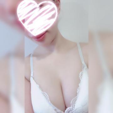 「こんばんわ」12/01(12/01) 00:14 | あゆなの写メ・風俗動画