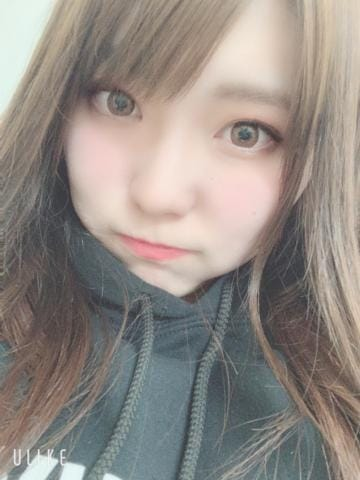 「さ、さむう…」12/03(12/03) 12:01   れいの写メ・風俗動画