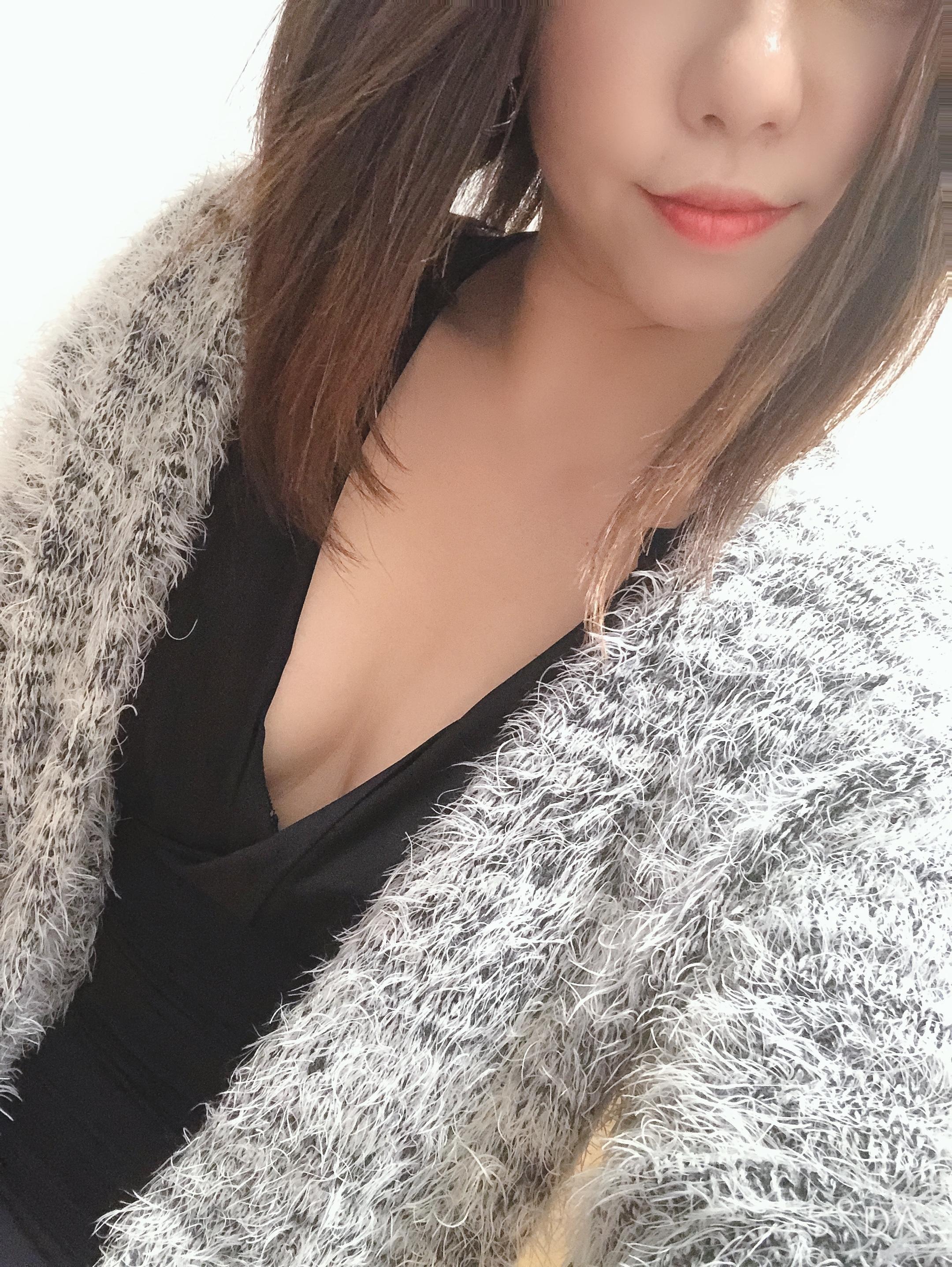 「寒すぎました!(´;ω;)」12/23(12/23) 00:05 | えりの写メ・風俗動画