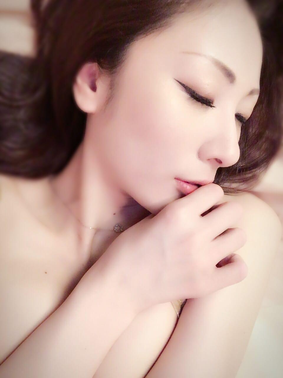 「まだまだ、足りない、、、」07/30(07/30) 16:48   百花繚乱の写メ・風俗動画