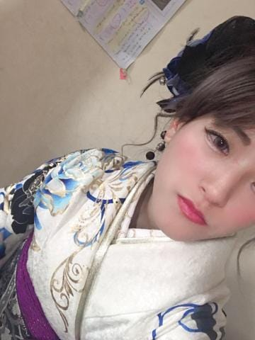 「こんにちは」01/13(01/13) 10:54 | 榎本ききの写メ・風俗動画