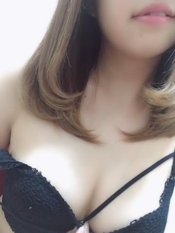 「出勤中?」03/24(03/24) 20:28 | つかさの写メ・風俗動画