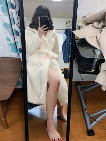 「?休みだけどお仕事」03/27(03/27) 18:20 | みみの写メ・風俗動画