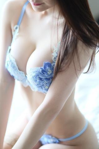 「お誘いお待ちしてます?」03/28(03/28) 19:02 | 愛琉(あいる)の写メ・風俗動画