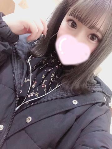 「最近天気悪いね・・・」03/29(03/29) 21:15 | あいりす※溢れ出るピュア可愛の写メ・風俗動画