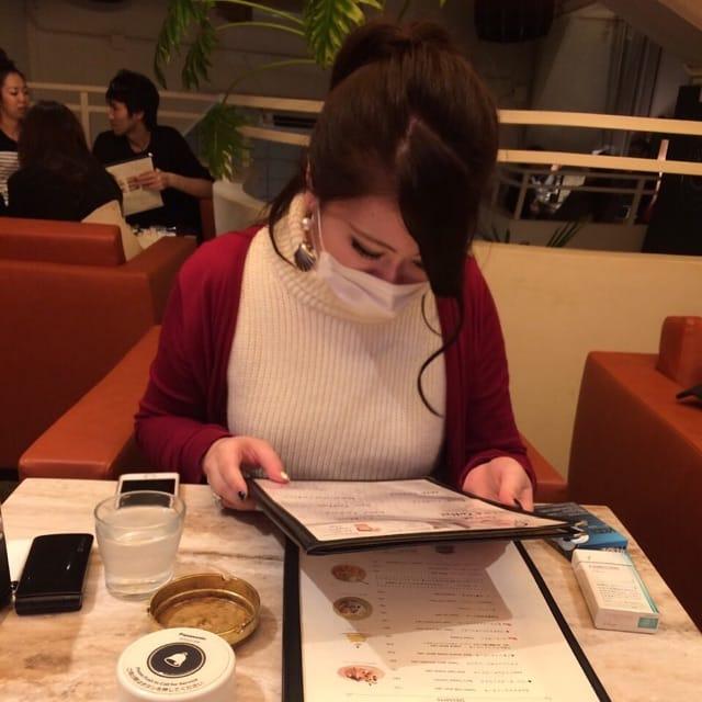「9じ出勤」09/16(09/16) 16:39 | さとみの写メ・風俗動画