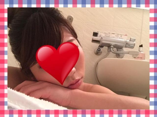 「お掃除??」09/21(09/21) 20:15   ひなたの写メ・風俗動画
