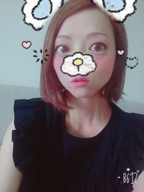 「こんにちは☆」10/16(10/16) 13:51   しいなの写メ・風俗動画
