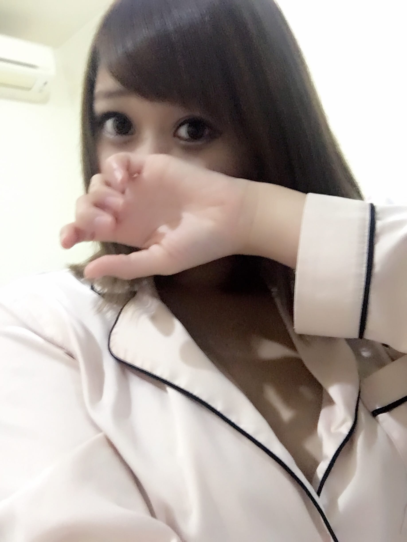 「退勤」10/22(10/22) 03:12   笹川 えみの写メ・風俗動画