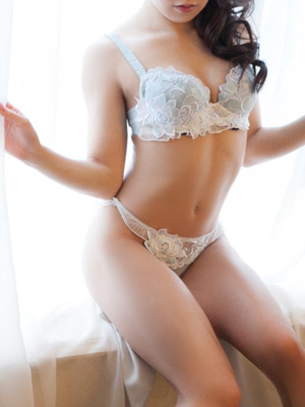 エミリ(ファーストクラスジャパン 東京本店)のプロフ写真4枚目