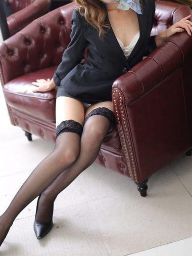 エミリ秘書|秘書の品格 - 日本橋・千日前風俗