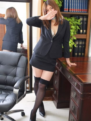 ナナ秘書|秘書の品格 - 日本橋・千日前風俗