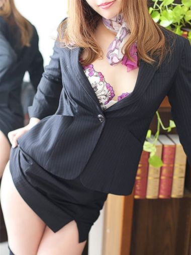 ルナ秘書|秘書の品格 - 日本橋・千日前風俗