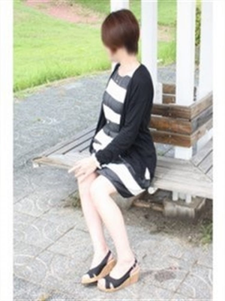 みゆき【モデル体型の素人奥様】(激安人妻紹介所)のプロフ写真3枚目