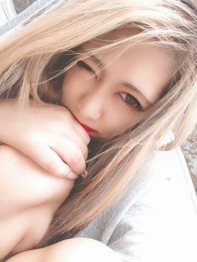 なぎ|名古屋風俗で今すぐ遊べる女の子
