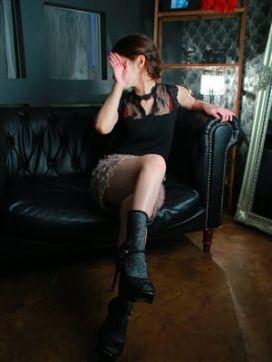 井端のりか|京の秘め事で評判の女の子