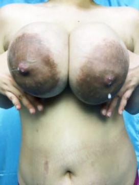 ひとみ 妊婦・母乳専門店 ミルクランドで評判の女の子