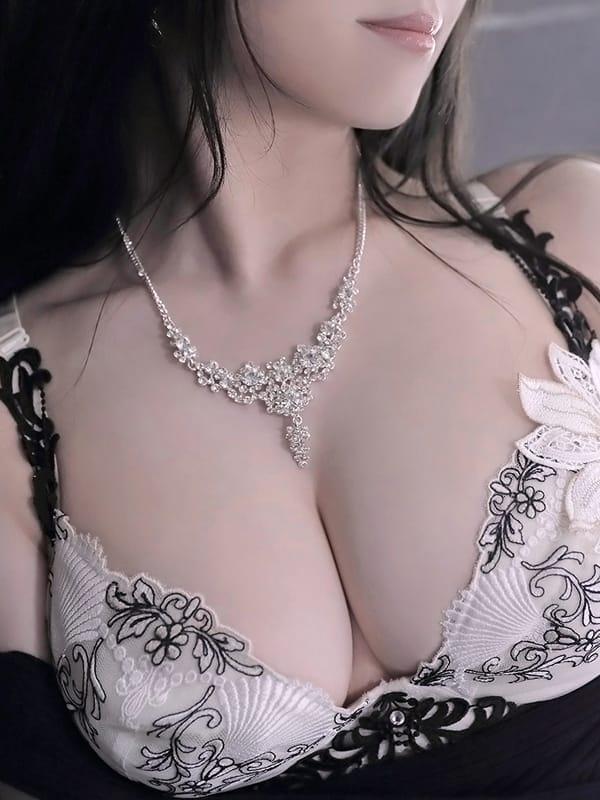 芹沢 月姫の画像