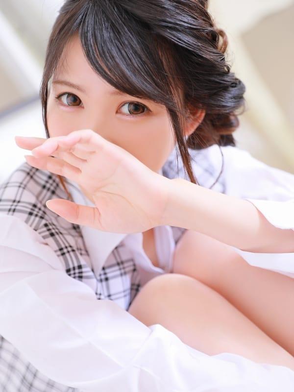リミ( ピュア美少女は19歳)
