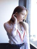 石上瞳|女子myCOLLECTION(マイコレクション)でおすすめの女の子