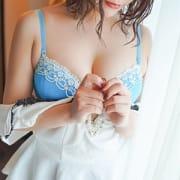 「今スグ遊べる?特典」08/11(火) 03:49 | ノーハンドで楽しませる人妻 横浜店のお得なニュース