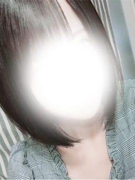 新人☆黒美 りぼん|OL精薬で評判の女の子