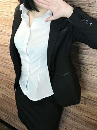 月城 かいり|社外秘谷九店 - 谷九風俗